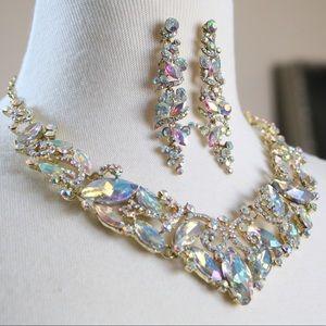 Jewelry - Mirage Statement Necklace